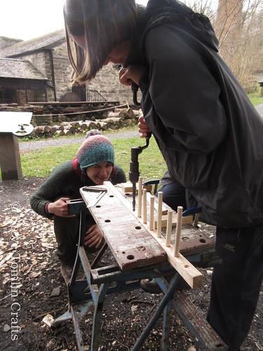 Drilling head for wooden hay rake teeth