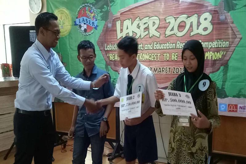 Juara II Lomba Membaca Puisi Tingkat SMP se-Kecamatan
