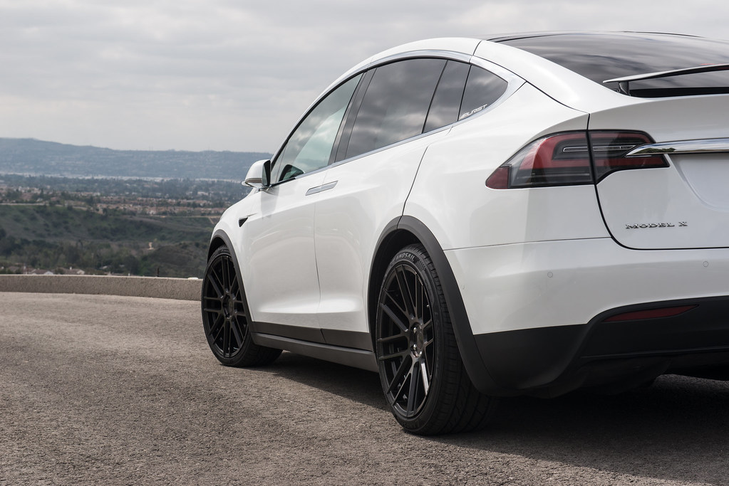 Tesla Model X On 22in Tsw Mosport Wheels 7 Tsw Alloy