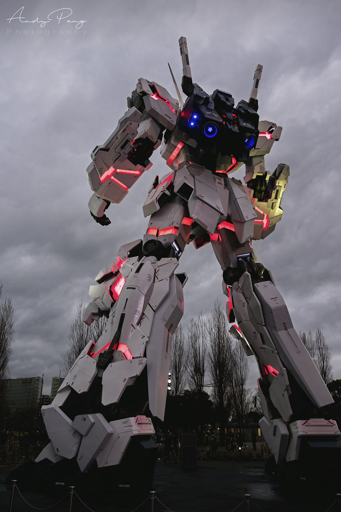 1:1 life size Unicorn Gundam in Red Psycho-frame. | Andy Pang | Flickr