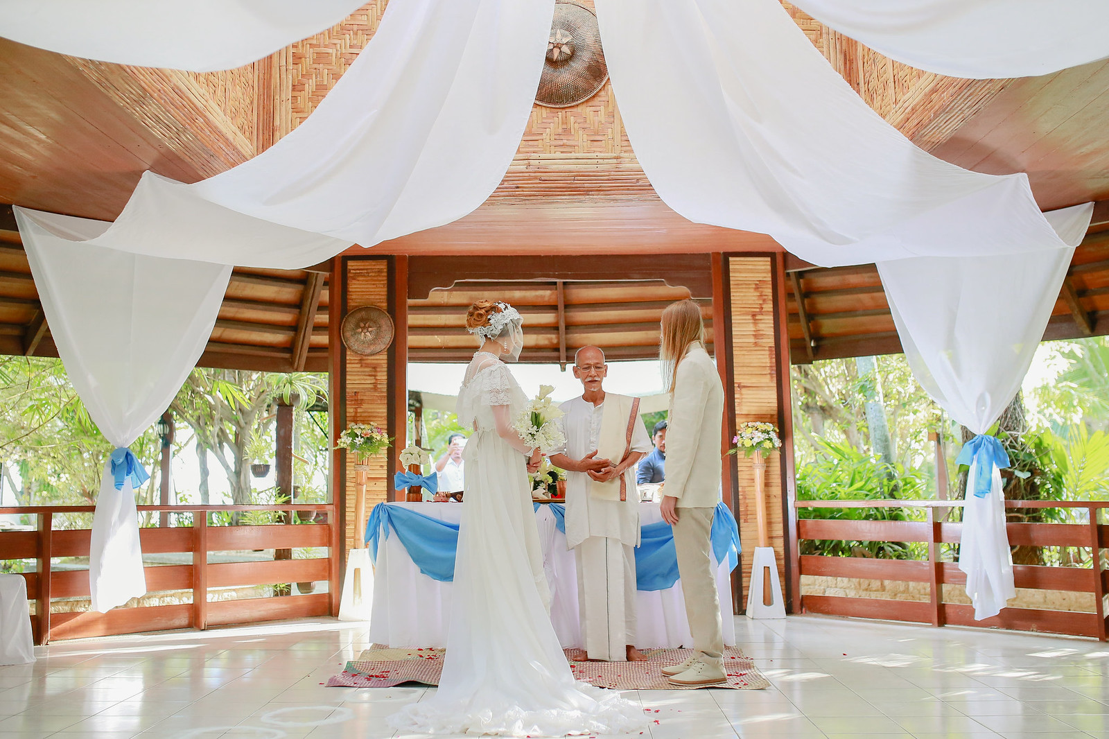 Wedding Photographers in Cebu, Beach Wedding in Cebu