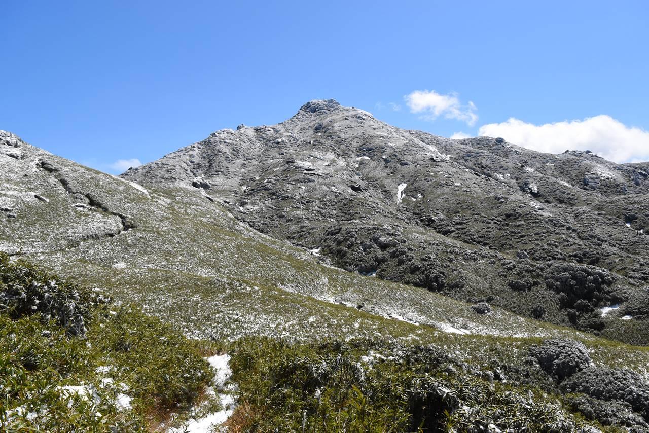 雪の宮之浦岳