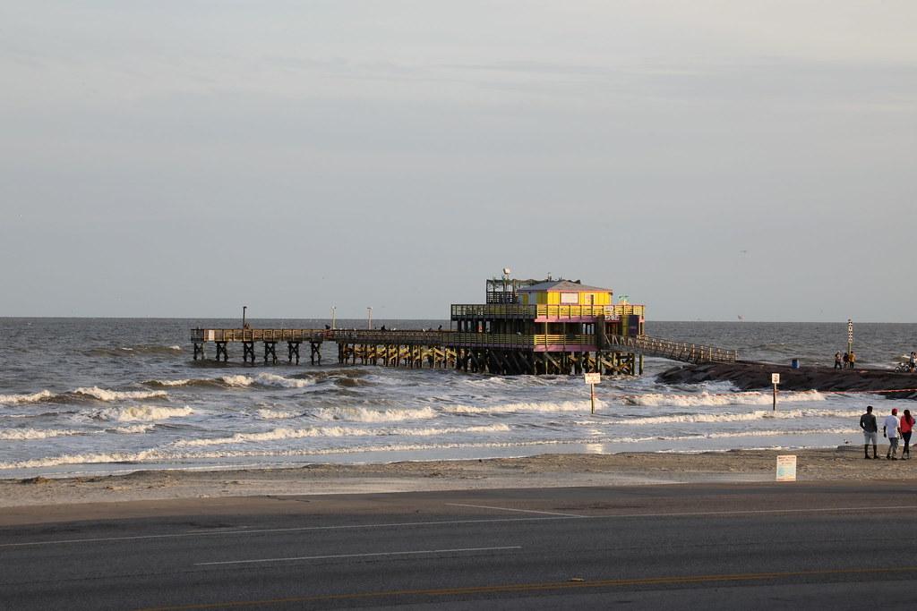 Restaurants In Galveston Near Pleasure Pier