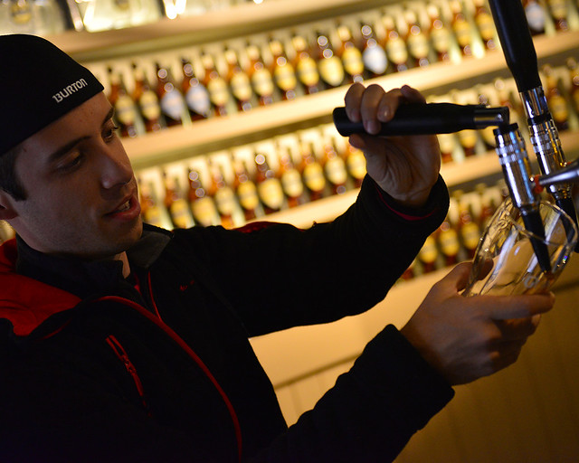 Diario de un Mentiroso echando una caña en la Guinness Store House de Dublín