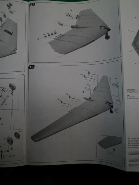 Ouvre-boîte Northrop YB-49 [Italeri 1/72] 27228920768_c0199561db_z