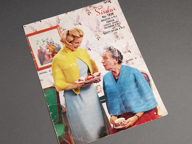Sirdar 7839 Women's Capes 60s Vintage Pattern Leaflet