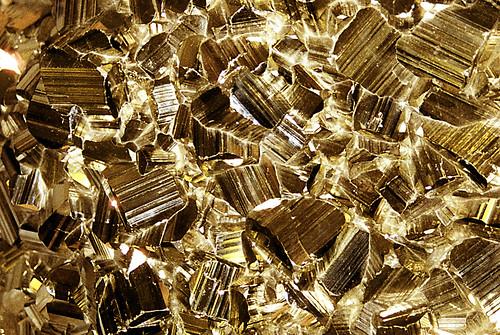 Gold N White Wedding Cakes