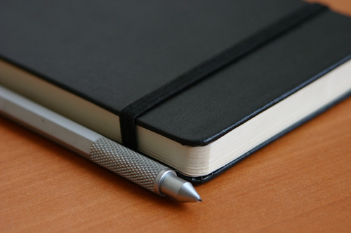 Moleskine + muji = power | by alt1040