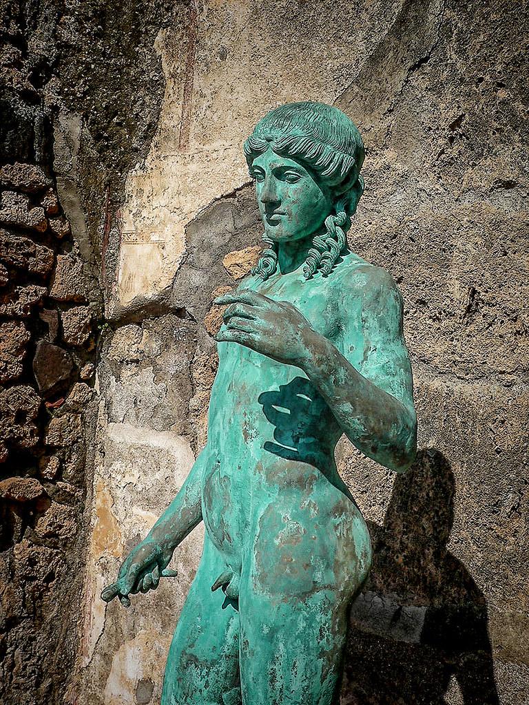 Bronze Statue Near Palm Beach Mear Mar A Lago