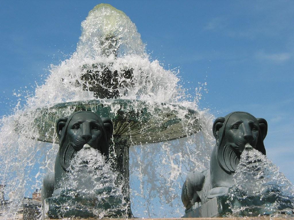 La fontaine aux lions de nubie 1 this fountain was first for La fontaine aux cuisines
