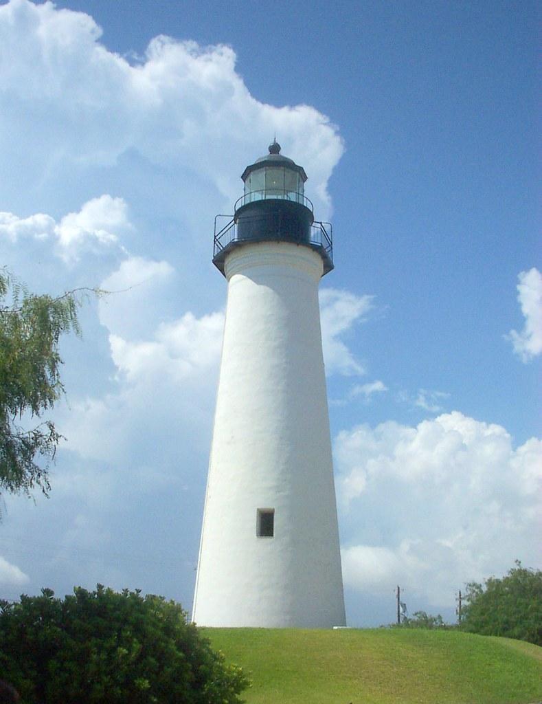 The Light House (lighthouseblog) on Pinterest