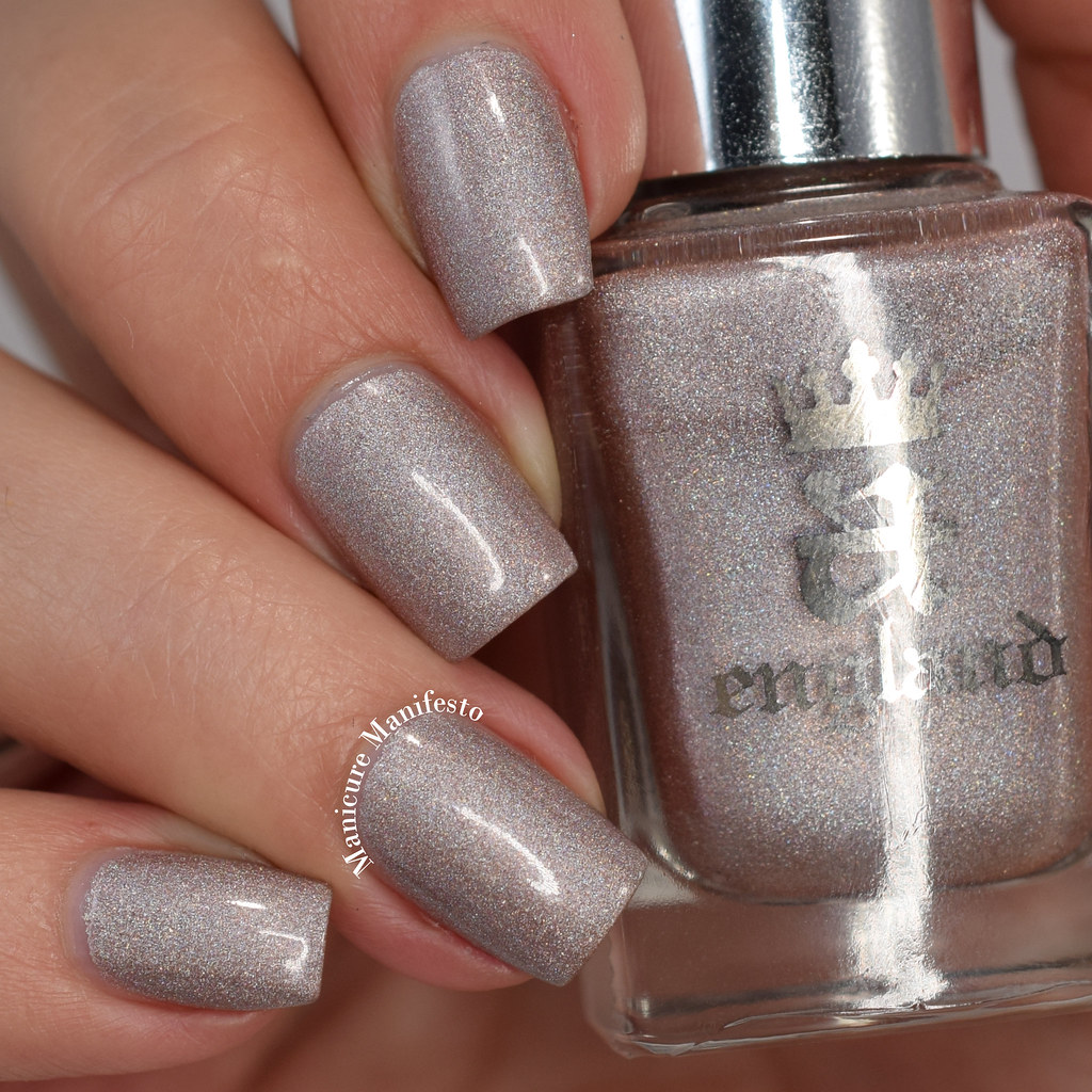 A England Her Rose Adagio swatch