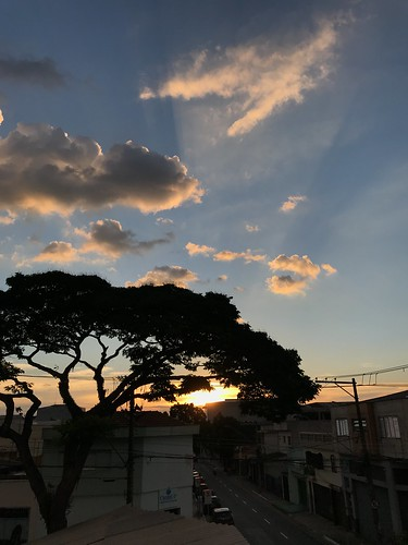 Fall sunset from my roof, SCS, São Paulo, Brazil. | by eROV65