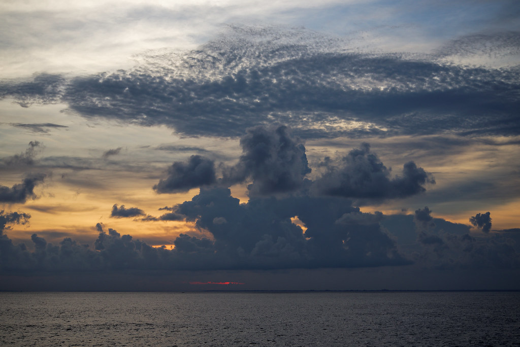 Island Nusa Lembongan. Закат.