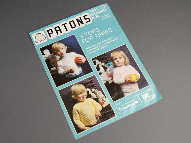 Patons 1411 Children's Sweaters 70s Vintage Knitting Pattern Leaflet