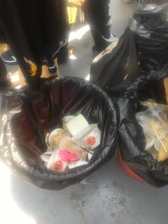 圖1:如湧泉般的垃圾。圖片來源:看守台灣提供。