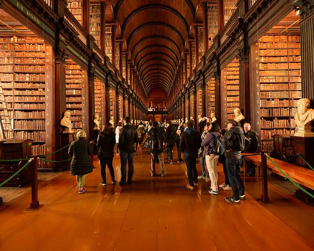 The Old Library, en la universidad Trinity, de los lugares más impresionantes que ver en Dublín