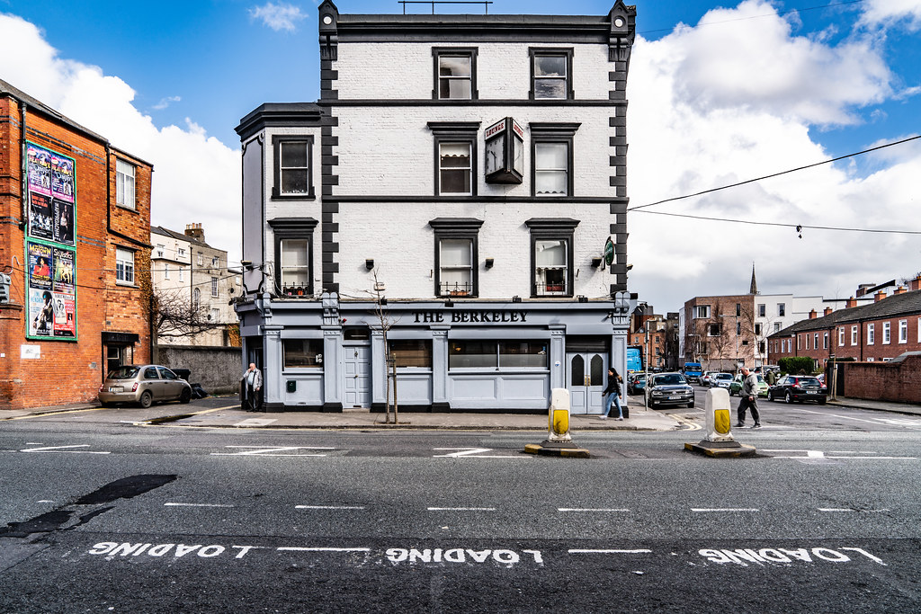 THE BERKELEY PUB MOUNTJOY STREET 002