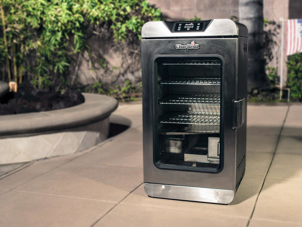 ... Meat Smoker From Char Broil With Glass Door And Removable Racks For  Perfectly Smoked Ribs