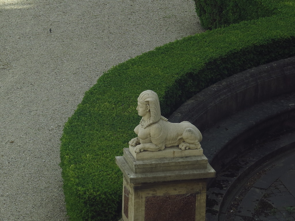 Musee Du Louvre Antiquites Grecques Sphinx Natur Und Mensc Flickr