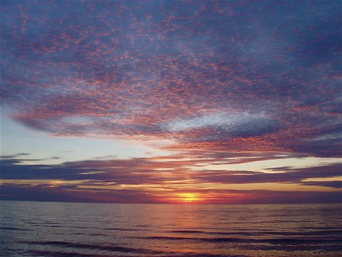 Port Elgin Beach Sunset, Lake Huron...13 Aug/06  1/5 | by bevcraigwhite