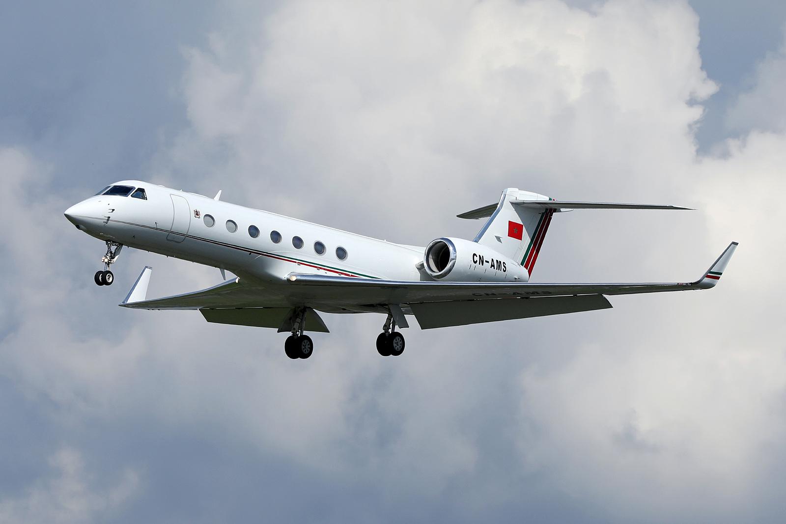 FRA: Avions VIP, Liaison & ECM - Page 19 26562699677_73c9d1d852_o