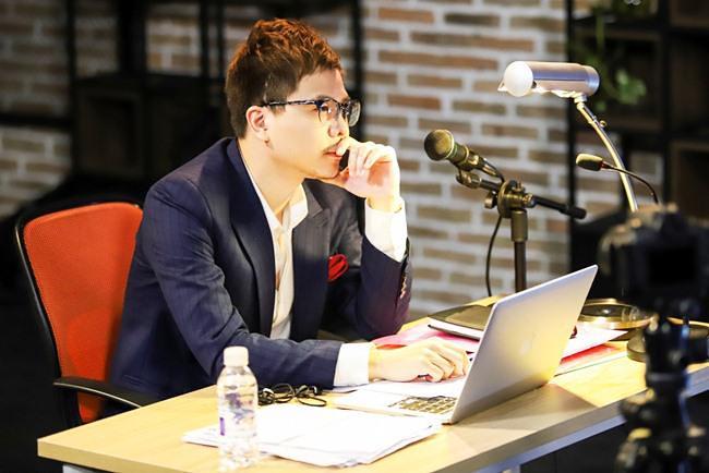 Trịnh Thăng Bình đóng vai Sơn Huy trong phim Ông Ngoại Tuổi 30