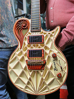 Universum Guitars  - z cream Elena (2) | by Bluejay_SB