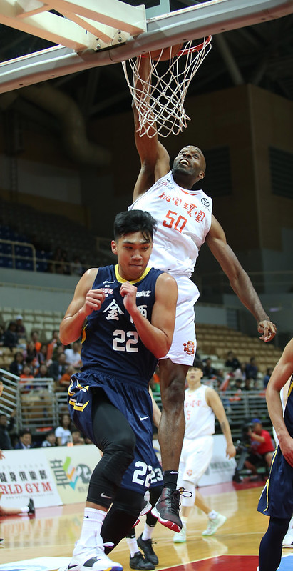 戴維斯(Quincy Davis)繳出27分18籃板。(籃協提供)