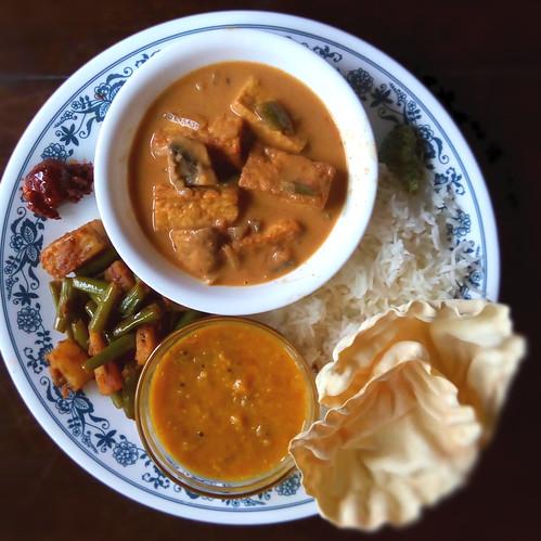 Chai Thai Home Kitchen Th Btwn Th Th