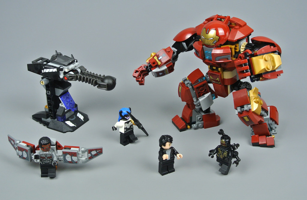 NEW LEGO 76104 Marvel Avengers Infinity War The Hulkbuster Smash-Up