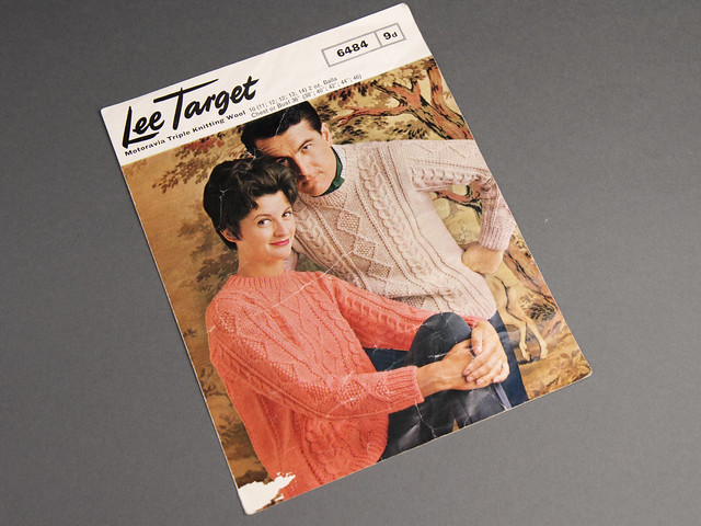Lee Target 6384 Men's and Women's Cabled Aran Sweater 70s Vintage Knitting Pattern Leaflet