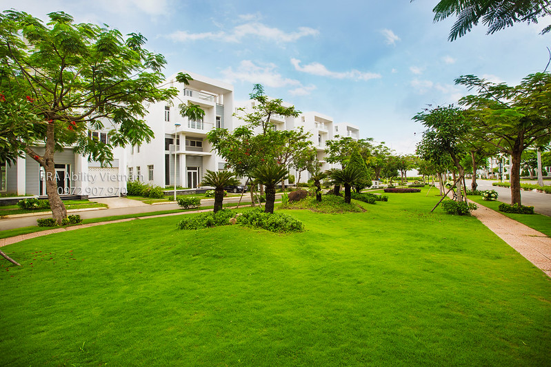 Biệt thự Villa Park với 8 công viên bao phủ