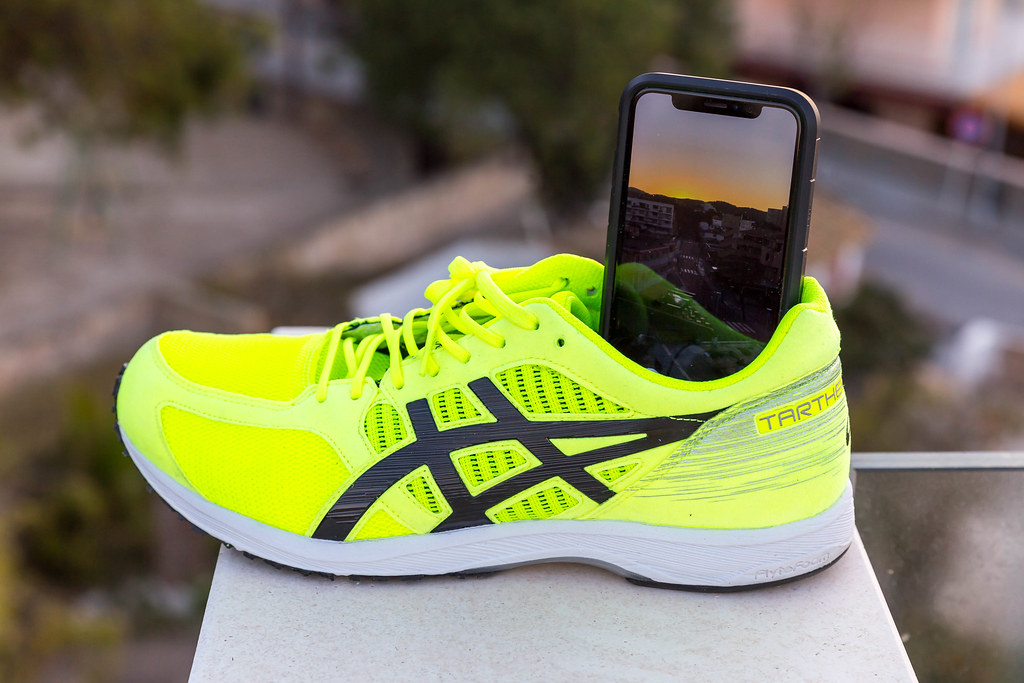 Asis Running Shoe Can Be Used In Indoor Volley Ball