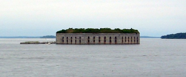 Fort Gorges Off Portland Maine See World Island Info