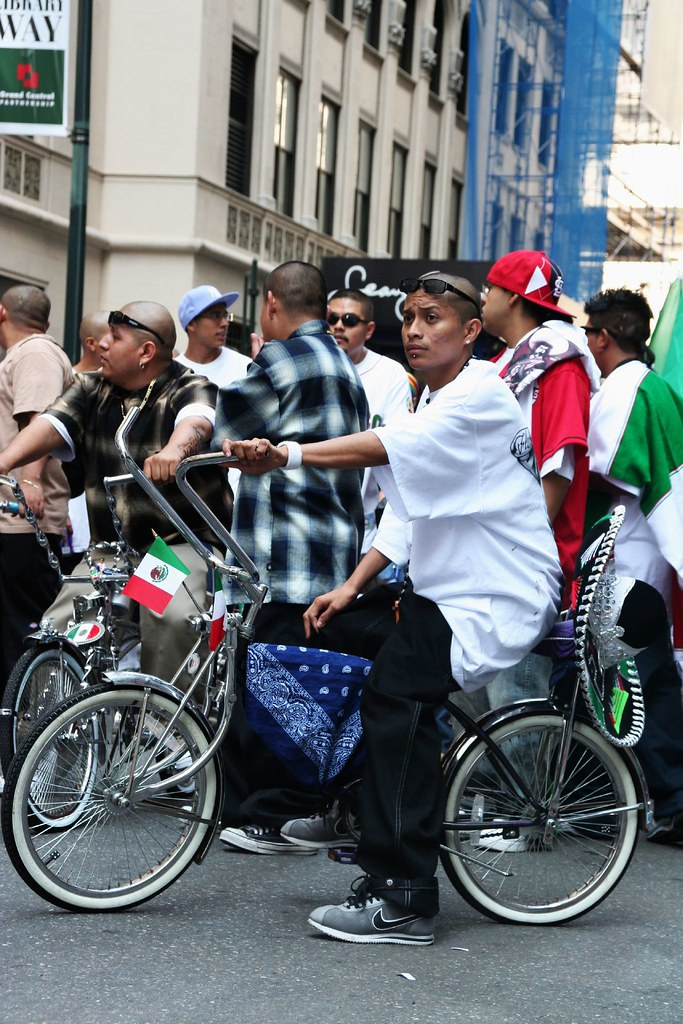 Low Rider   Low rider bikes at the mexican parade in new ...
