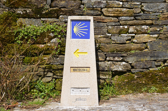First signpost, Camino de Santiago, Galicia