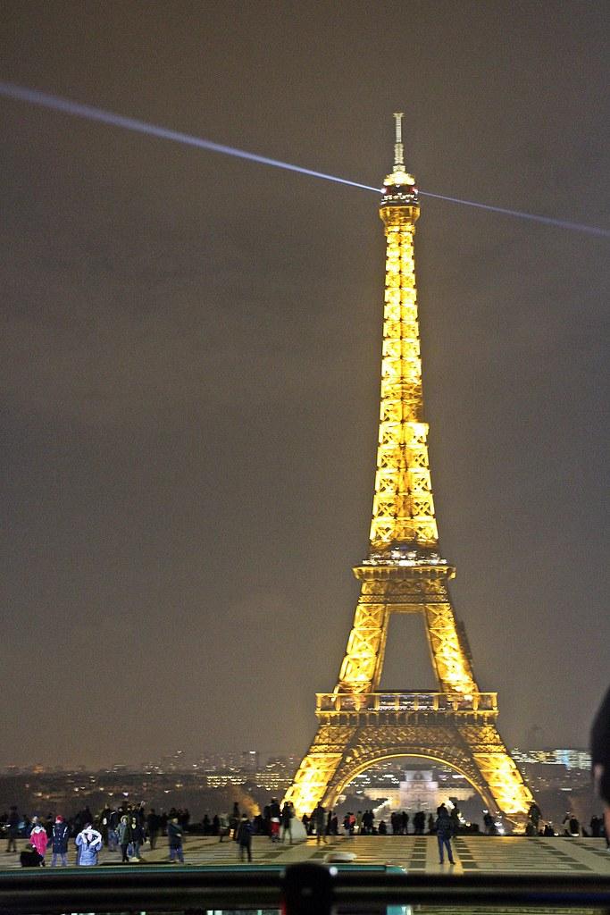 the eiffel tower city lights tour paris dec 2017 flickr. Black Bedroom Furniture Sets. Home Design Ideas