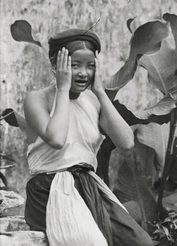 Hanoi 1920 1929 La Coiffure Des Femmes Coiffure Termin Flickr