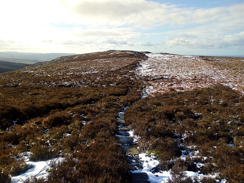 Heading towards Burnt Hill