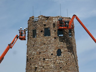 Snorkel Lifts Position Masons During 2010 Repointing of Desert View Watchtower #4306 | by Grand Canyon NPS