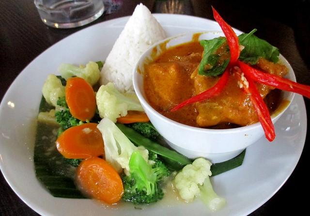 Cafe IND Indonesian kalio ayam
