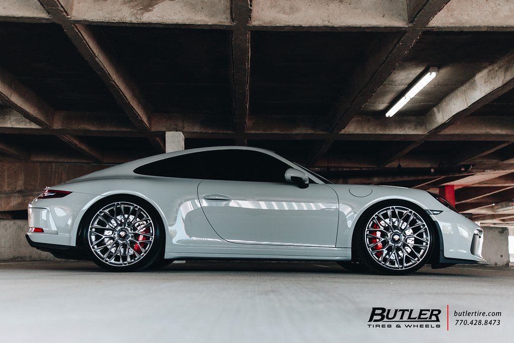 Pro Touring Wheels Porsche 991 2 Gt3 Touring With 21in Hre P200 Wheels And Mi