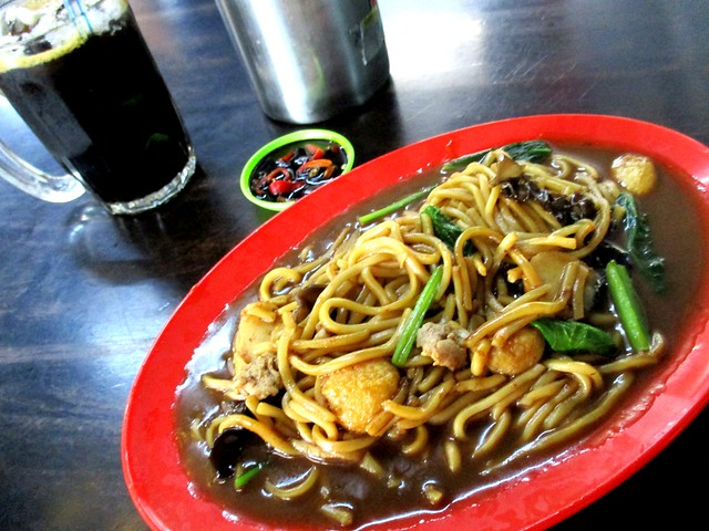 Cafe 63 Foochow fried noodles & kopi-o-peng
