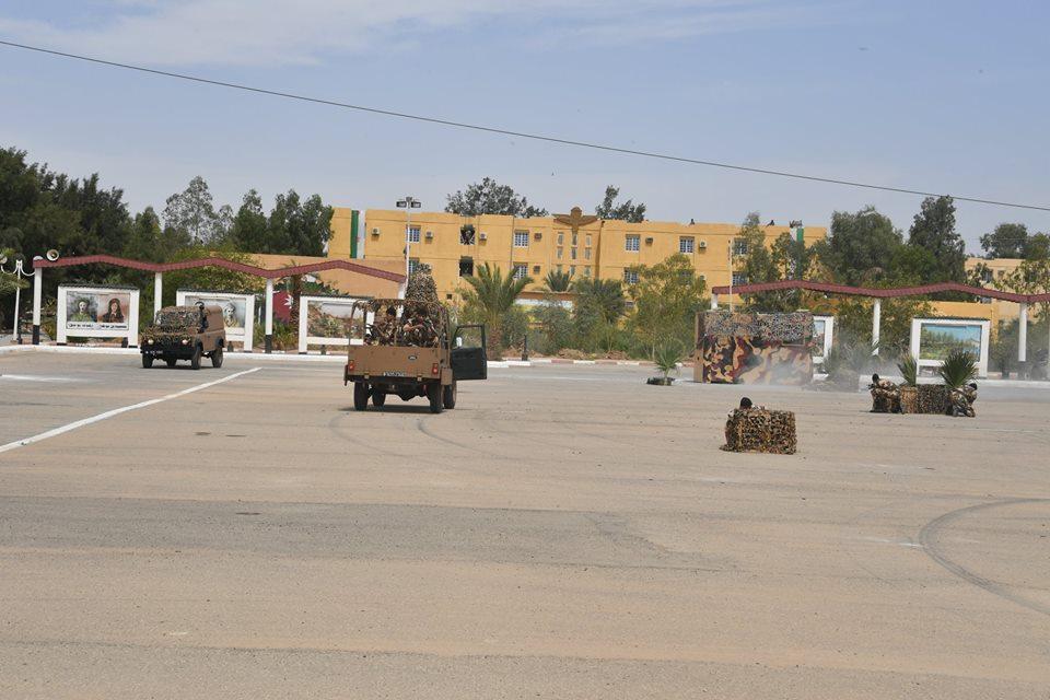 موسوعة الصور الرائعة للقوات الخاصة الجزائرية - صفحة 63 42087791892_938ca3cc83_o