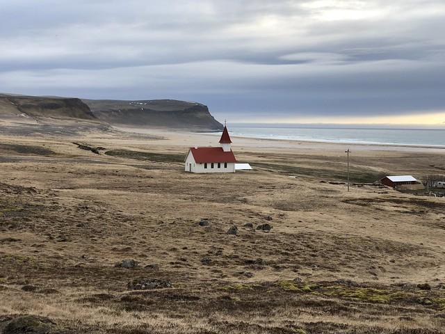 Playa de Breidavík cercana a Látrabjarg (Fiordos del oeste, Islandia)