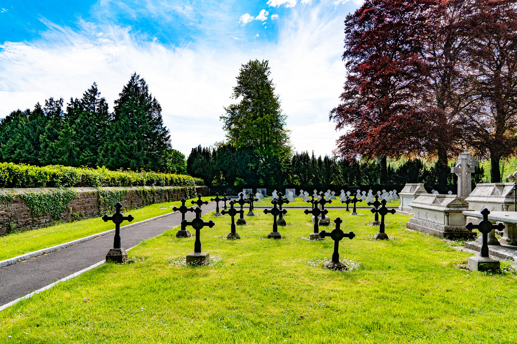 ST. PATRICK'S COLLEGE CEMETERY IN MAYNOOTH  004