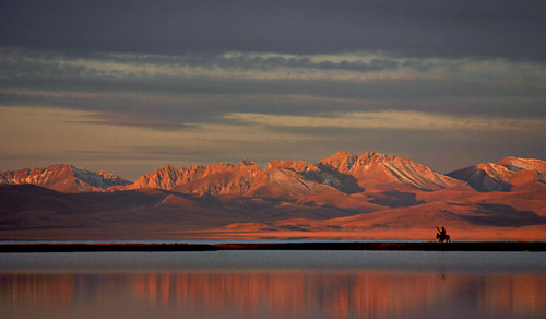 Song kul, Kyrgyzstan | Sunrise | Dave | Flickr