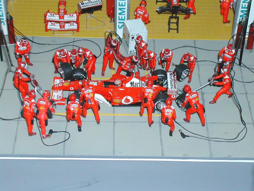Diorama Ferrari Montecarlo 2003 M Schumacher Pit Stop Vis Flickr