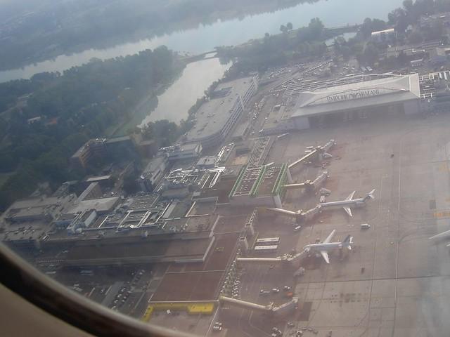 Aeroporto Milano Malpensa : Milan linate lin airport aeroporto di milano